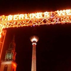 Photo taken at Weihnachtsmarkt am Roten Rathaus by Thilo W. on 12/15/2011