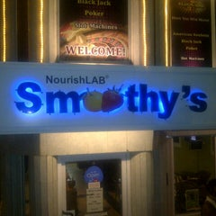 Photo taken at NourishLab Smoothy's by Arjun P. on 7/21/2012