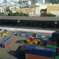 Photo taken at Porto do Rio de Janeiro by Hanna S. on 2/18/2012