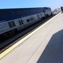 Photo taken at Metrolink Burbank-Bob Hope Airport Station by TV Food and Drink on 3/15/2012