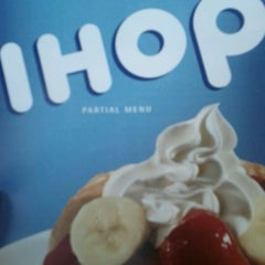 Photo taken at IHOP by Leroy F. on 10/20/2011