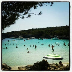 Photo taken at Cala Turqueta by Saioa (. on 8/10/2012