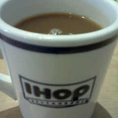 Photo taken at IHOP by Nikie D. on 7/23/2012