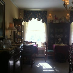 Photo taken at Teaberry's Tea Room by Kat R. on 5/12/2012