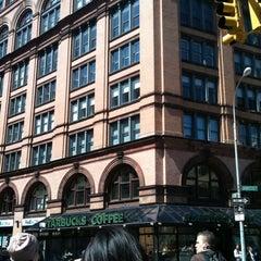 Photo taken at Starbucks by JetzNY on 4/18/2011