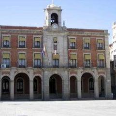 Photo taken at Ayuntamiento de Zamora by Bebuz on 12/29/2011