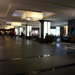 Photo taken at The Westin Harbour Castle by Lazer on 10/14/2011