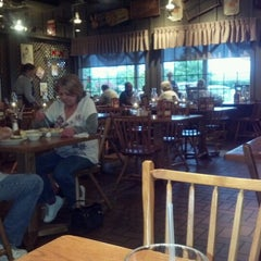 Photo taken at Cracker Barrel Old Country Store by BethersJR on 6/11/2012
