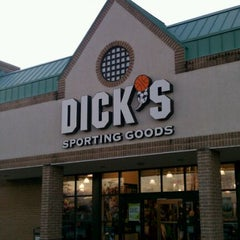 Photo taken at Dick's Sporting Goods by Will L. on 11/17/2011