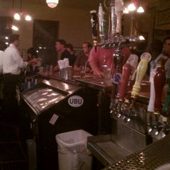 Photo taken at Maxfield's by Jeffrey H. on 8/26/2011