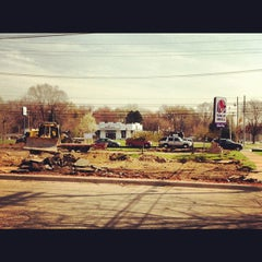 Photo taken at Taco Bell by Natalie V. on 3/22/2012