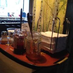 Photo taken at Kaffeslabberas'en by Zemma W. on 3/8/2012