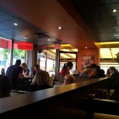 Photo taken at Famoso Neapolitan Pizzeria by Chayawee L. on 7/25/2012