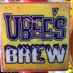 Photo taken at Ubee's by jenny m. on 4/19/2012