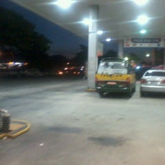 Photo taken at Auto Posto Sogal by Luciano Evaristo G. on 3/26/2012