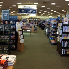 Photo taken at Barnes & Noble by Dee S. on 7/16/2012