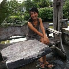 Photo taken at บ้านริมน้ำ รีสอร์ต by Kangsadan C. on 8/12/2011