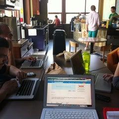 Photo taken at AU – Davenport Coffee Lounge by Pete B. on 5/31/2011