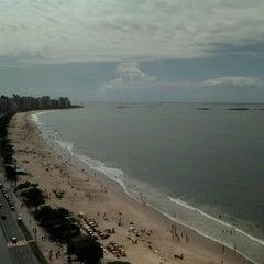 Photo taken at Praia de Itaparica by Tulio M. on 4/22/2011