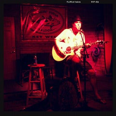 Photo taken at Smokin' Tuna Saloon by Ashley E. on 9/17/2011