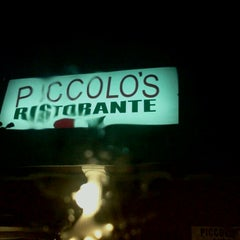 Photo taken at Piccolo's Italian Resturant by Andie R. on 12/11/2011