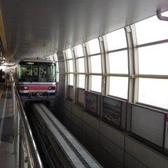 Photo taken at 大阪モノレール 蛍池駅 (Hotarugaike Sta.) by Toru F. on 5/6/2012