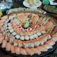 Photo taken at Niwa Sushi by Lee D. on 9/10/2011