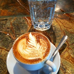 Photo taken at Espresso Vivace by LoveLee on 9/25/2011