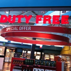 Photo taken at ATÜ Duty Free by Turgay K. on 8/21/2011