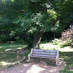 Photo taken at Lincoln Statue Dog Park by Edward R. on 8/5/2011