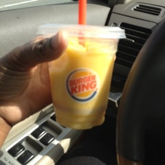 Photo taken at Burger King® by Myneco Taylor R. on 5/22/2012