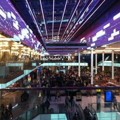 Photo taken at Westfield Stratford City by Charly V. on 8/3/2012