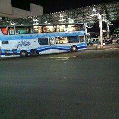 Photo taken at สถานีขนส่งผู้โดยสารจังหวัดลําปาง (Lampang Bus Terminal) by Siwadol C. on 8/26/2012