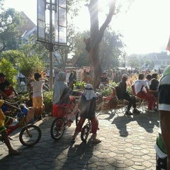 Photo taken at Solo Car Free Day by Dita S. on 6/17/2012