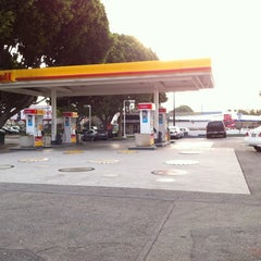 Photo taken at Shell by Sterling on 7/16/2011