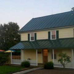 Photo taken at Hiddencroft Vineyards by Maria H. on 10/9/2011