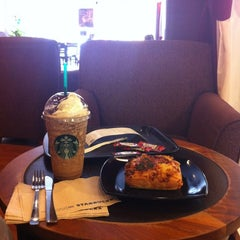 Photo taken at Starbucks by Mohd Fazli A. on 3/26/2012