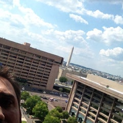 Photo taken at L'Enfant Plaza Hotel by Tonyhopedale on 8/13/2012