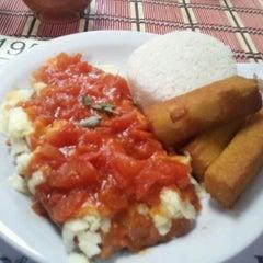 Photo taken at Baiah Brasa Restaurante by Guilherme G. on 1/19/2012