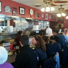 Photo taken at Pete's Grille by Mark D. on 4/6/2012