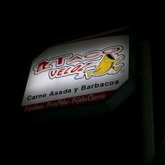 Photo taken at El Taco Veloz by Myrna J. on 12/10/2011