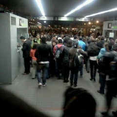 Photo taken at TransMilenio: Héroes by Camilo T. on 9/21/2011