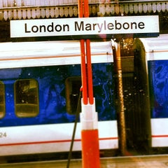Photo taken at London Marylebone Railway Station (MYB) by Abu Noura on 4/6/2012