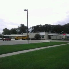 Photo taken at Warren Woods School of Cosmetology by Dan on 9/14/2011
