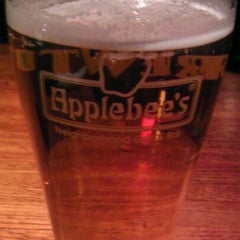 Photo taken at Applebee's by Gordon W. on 11/11/2011