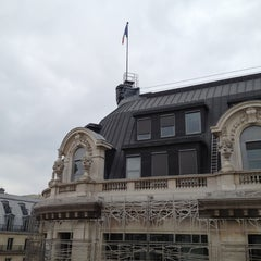 Photo taken at Timhotel Le Louvre by Valentina C. on 5/6/2012