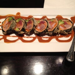 Photo taken at Samurai Japanese Restaurant by Mumumimi I. on 3/24/2012