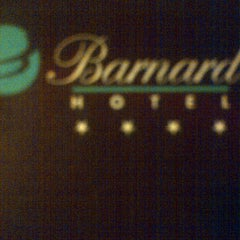 Photo taken at Hotel Barnard by Mauricio A. on 5/24/2012