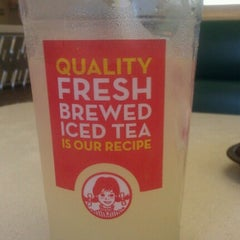 Photo taken at Wendy's by Ryan V. on 6/10/2012
