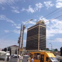 Photo taken at Гостиница Луганск / Hotel Lugansk by Евгений on 8/12/2012
